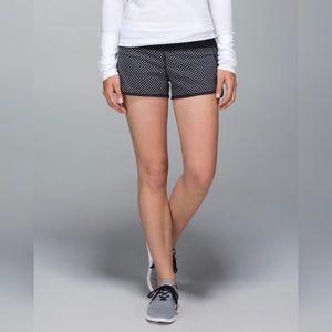 Lululemon Run: Speed Short *2-way Stretch
